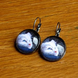 blue-eyed-kitty-earrings