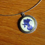 blue-iris-necklace