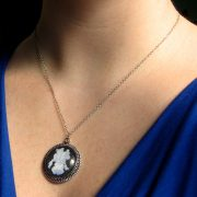 majestic-iris-necklace-2