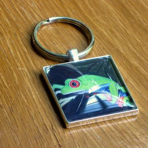 red-eyed-tree-frog-keychain-600