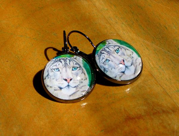 snow-leopard-earrings